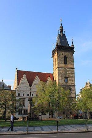 發生第一次「丟出窗外事件」的布拉格市政廳。(Øyvind Holmstad @wikipedia/CC BY-SA 3.0)