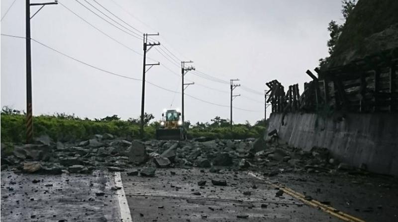 蘇花公路台9線112。6公里災點持續落石,圖為蘇花災點(公路總局四工處提供)