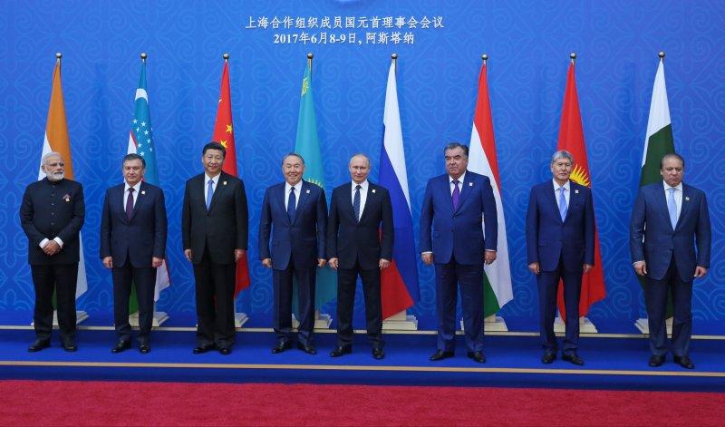 上海合作組織成員國領袖合照。(美聯社)