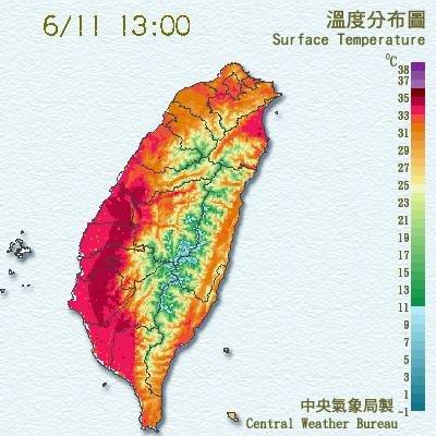 今(11)日各地天氣晴朗炎熱。(圖取自中央氣象局)