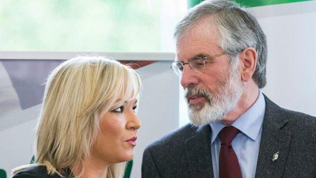 新芬黨說,保守黨和DUP的協議將「以眼淚告終」。圖為新芬黨的奧尼爾(Michelle O'Neill,左)和 亞當斯(Gerry Adams)(BBC中文網)