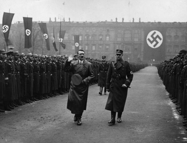 二戰之後,很多人不希望德國再有任何武裝部隊。(BBC中文網)