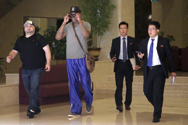 前NBA明星羅德曼13日造訪北韓,羅德曼與金正恩交情甚篤,傳聞他也在瓦姆比爾獲釋中出力。(美聯社)