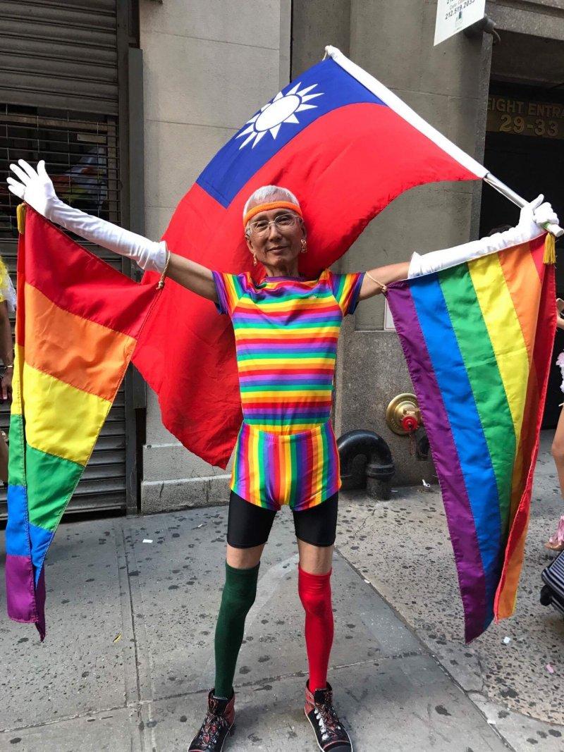 紐約同志驕傲遊行:台灣同志先驅祁家威也前往共襄盛舉( Alice Liu 攝)