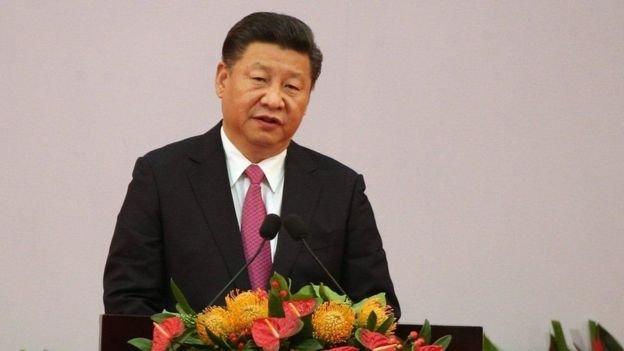 習近平7月1日在香港發表演講稱:「香港居民享有比歷史上任何時候都更廣泛的民主權利和自由。(BBC中文網)