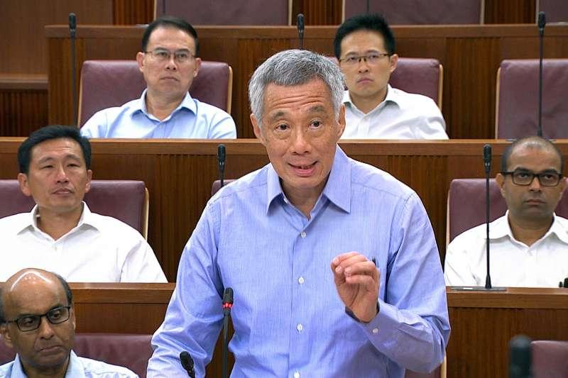 針對父親李光耀故居爭議,新加坡總統李顯龍(圖)向國會進行報告(AP)