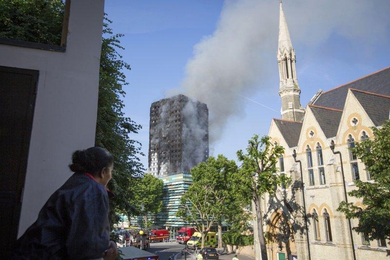 避免再次遇到這ˋ次倫敦大火狀況,確實檢查,已做到預防整備。(AP)
