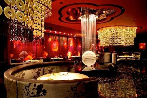 8餐廳位於新葡京二樓,主打點心、廣東菜及淮揚菜。(圖/新葡京官網)