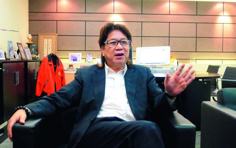 錢立祐原本是想把香港當跳板,沒想到一待就近30年。(郭宏治攝)