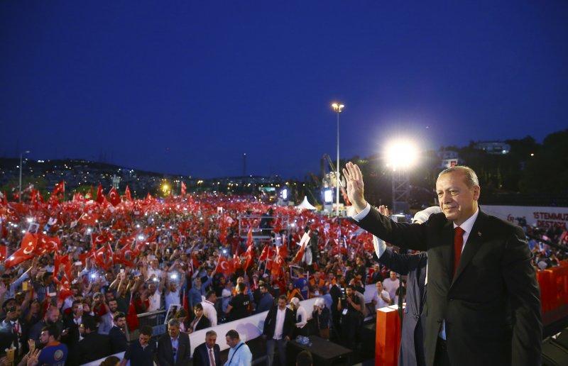 土耳其。軍事政變未遂一周年。烈士。艾爾多安。(美聯社)
