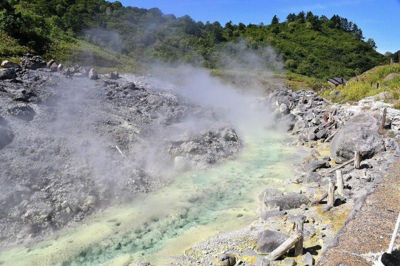 從溫泉誕生的自然紀念物(圖/ZEKKEI Japan提供)