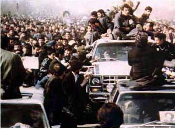 1979年,伊朗革命遊行(Wikipedia/Public Domain)