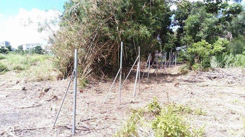 7月14日「鑑界」強拆後的竹塹。臺灣僅存的防禦式建築,防得了出草獵首的原住民,躲過了日本人,但沒能防過重劃會的怪手。(寇延丁提供)