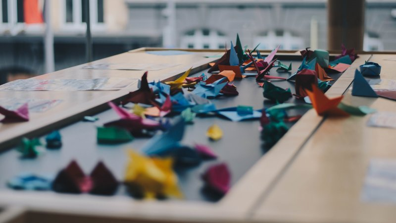 工程師正在努力把摺紙藝術與機器人技術結合。(圖/Dev Benjamin@Unsplash)