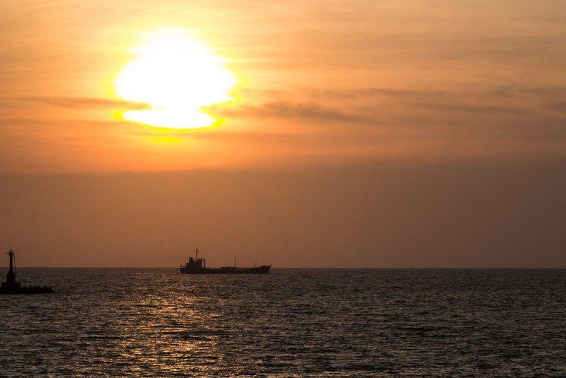 在中山大學圖書館,可以一覽西子灣的無敵海景。(圖/billy1125@flickr)