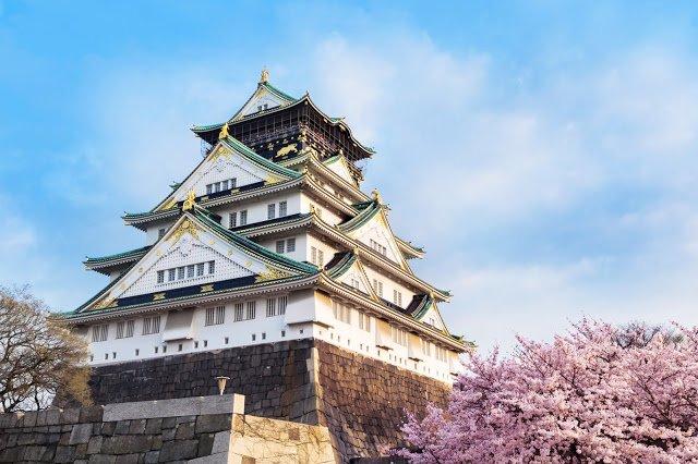 大阪城天守閣(圖/Fotolia提供)