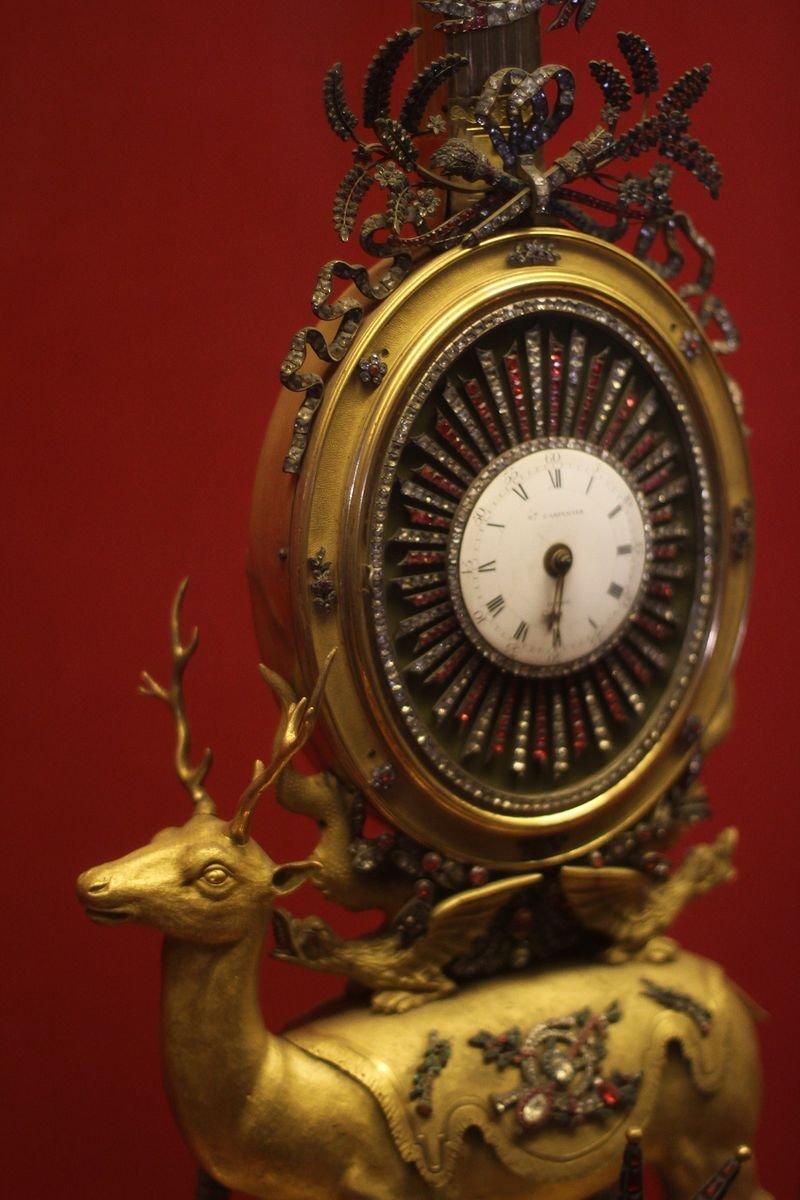 鐘錶是故宮博物院中非常特殊的藏品,堪稱世界博物館同類收藏中的翹楚。(新經典文化提供)