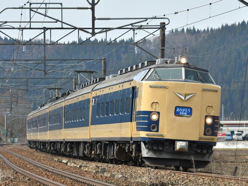 583系列車為世界第一款以電力驅動的「寢台電車」(臥舖電車),日本國鐵於1967-1968年間推出。(大宮鐵道博物館提供)
