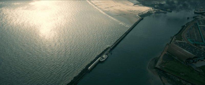 Christopher Nolan 電影 Dunkirk 敦克爾克大撤退 (台灣譯作敦克爾克大行動)發生的場景,1948年半夜抵達敦克爾克的伊麗莎白公主自是無緣看見….jpg