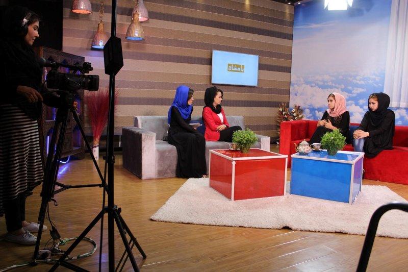 《女人電視台》節目錄製場景。  (圖/Zan TV臉書專頁)