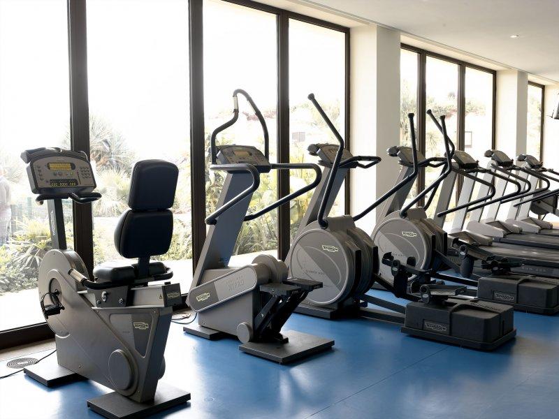 作者20年前在萬豪集團時,大膽地將健身房改為24小時開放,引領業界改革(圖/PortoBay Hotels & Resorts@flickr)