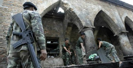 庫塞清真寺(Krue Sae Mosque)慘案,穆斯林死傷慘重。(圖/Outside提供)