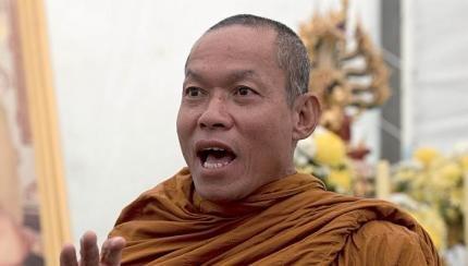 雲石寺高僧Phra Apichart Punnajanto。(圖/Outside提供)