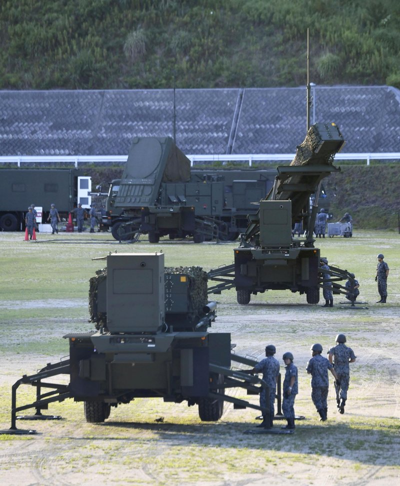 自衛隊緊急在中國、四國地方部署愛國者飛彈,以免遭到北韓攻擊關島海域的飛彈波及。其中高知縣部分已在12日下午部署完成。(美聯社)