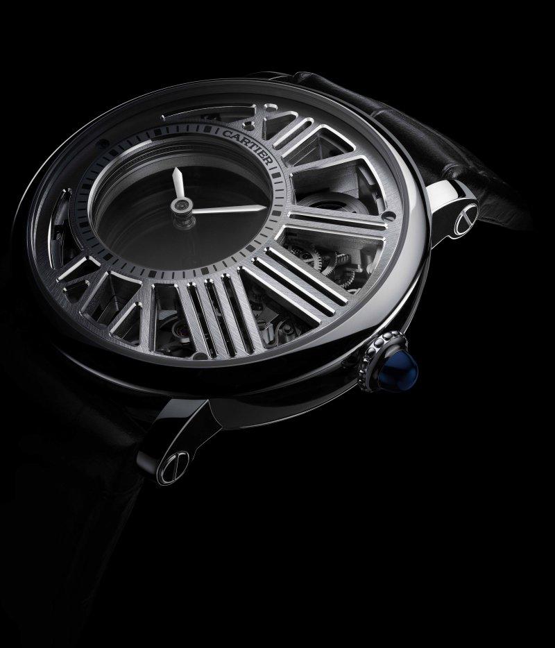 Rotonde de Cartier神秘小時鏤空腕錶(圖/Cartier)