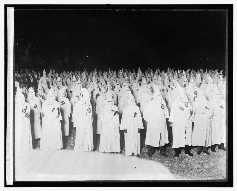 1920年代三K黨再度崛起,聲勢達到巔峰。(維基百科公有領域)