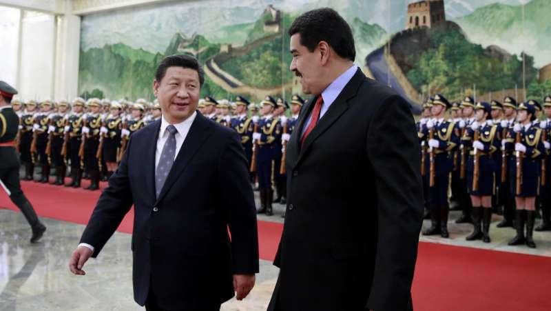 委內瑞拉總統馬杜洛2015年1月訪問中國,會見中國國家主席習近平(AP)