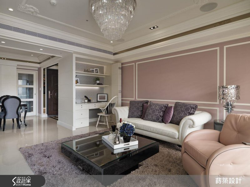 不只粉紅色的牆面,也可以利用粉紅色點綴軟件、家具,也能有同樣的效果。(圖/設計家Searchome提供)