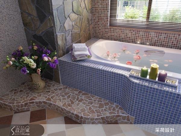 泡澡時刻點起香氛或精油蠟燭,沉澱心靈、徹底放鬆,更能元氣十足的迎接好桃花!(圖/設計家Searchome提供)