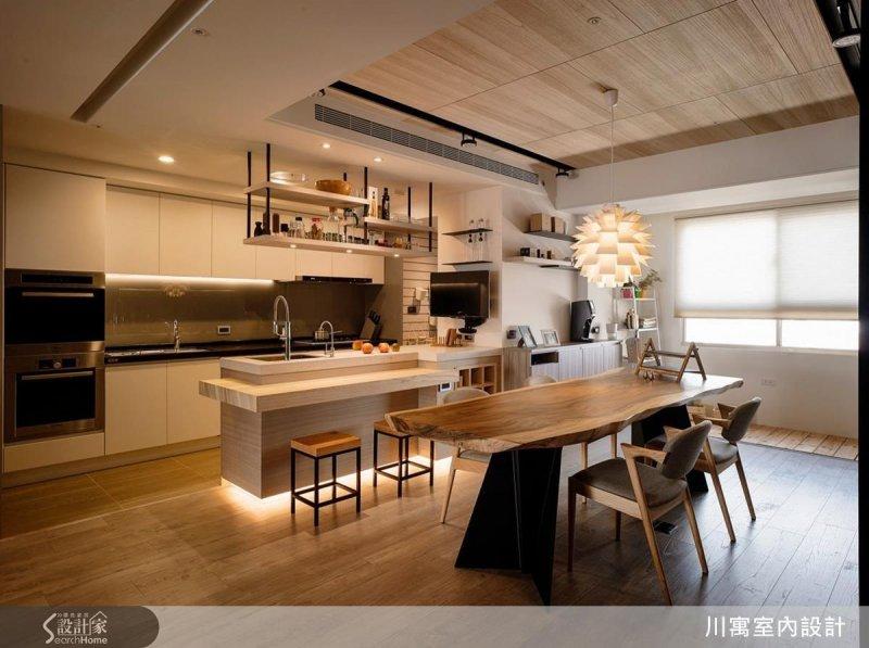 選購立燈或是以間接照明、吊燈營造溫馨的氣息都是很棒的方法!(圖/設計家Searchome提供)