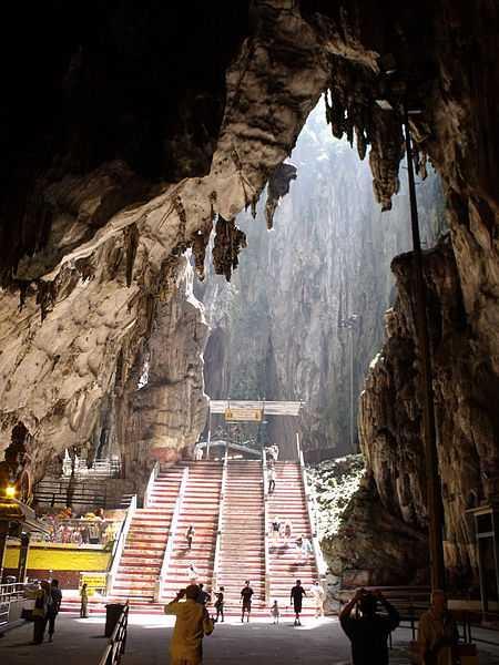 450px-Batu_Caves(圖/wikimedia commons)