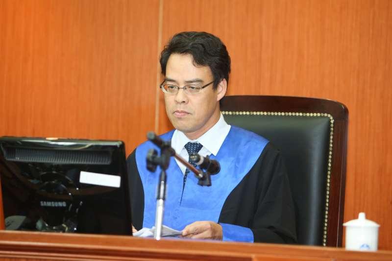 陪審法官林海祥出席被控涉搶獲特赦的蘇炳坤提起再審,台灣高等法院第二度開庭。(陳明仁攝)