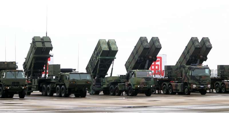 20170901-空軍上午在臺南基地舉行「防空暨飛彈指揮部」編成典禮,各型防空飛彈接受校閱。(蘇仲泓攝)