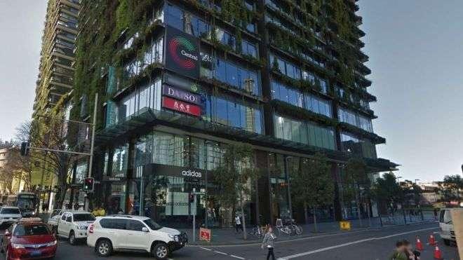 該診所鄰近雪梨中央車站附近一個商場。(BBC中文網)