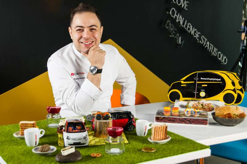 特別邀請台北知名創意料理餐廳Yellow Lemon義大利籍主廚Andrea Bonaffini一同享受歡樂(圖/smartPopUp)
