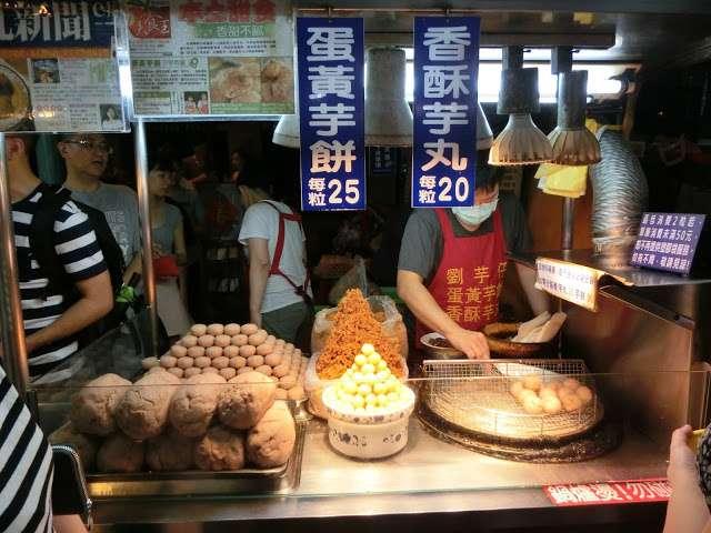 寧夏夜市的必吃美食之一,每次去都大排長龍。(圖/Coral Hou,KKday提供)