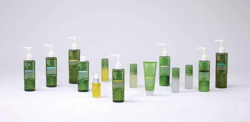 【綠藤生機】業界首創!綠藤生機挑戰全球最「透明」的包裝設計,天然來源佔比讓消費者一眼看穿!