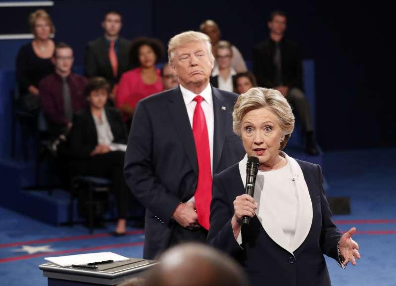 希拉蕊與川普在美國去年總統大選角逐白宮大位(AP)