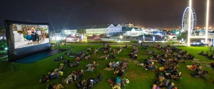 南非開普敦(Cape Town)一家露天戲院。(圖 / Outside提供)