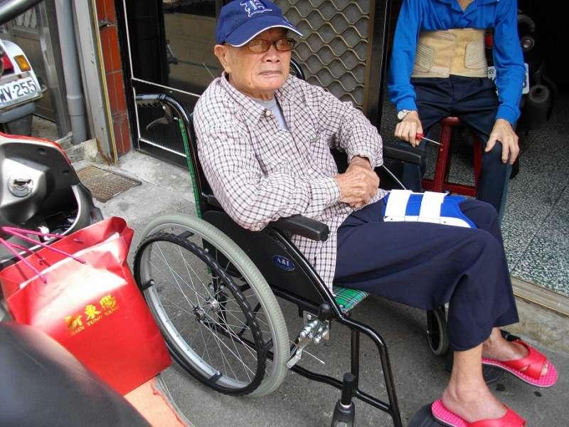 王貴生老先生在生前省吃儉用留下身後遺產115萬餘元,悉數遺愛人間。(圖/新竹榮服處提供)