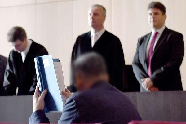 德國情報員羅奎因為「太無聊」,竟在網路聊天室假扮成聖戰士(AP)