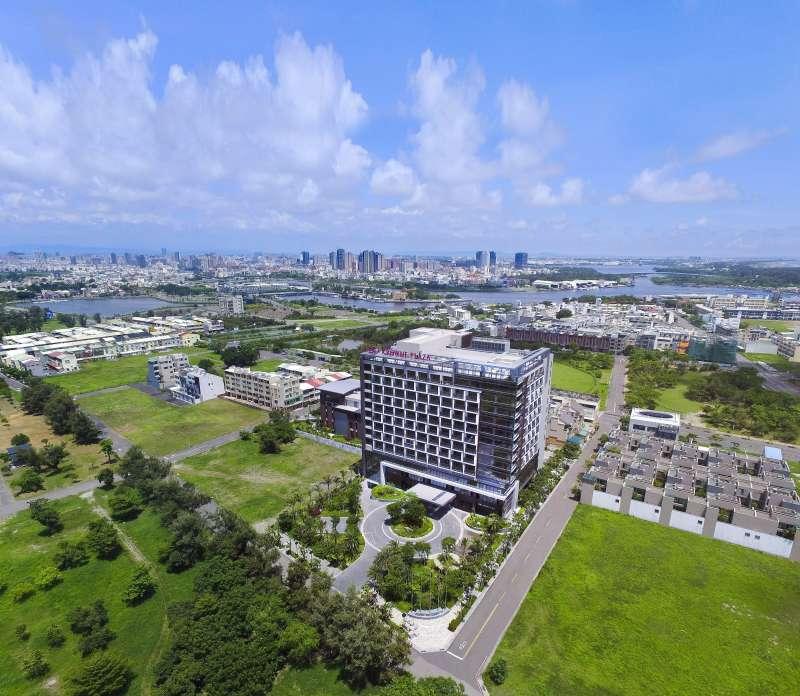 台南大員皇冠假日酒店是洲際酒店集團於台南安平區全新打造的高端品牌。(圖/台南大員皇冠假日酒店提供)