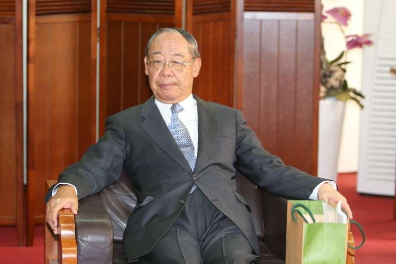 錢復(前監察院院長)出席「總統直選與民主台灣」學術研討會。(陳明仁攝)