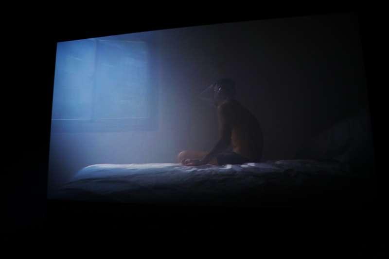 蘇匯宇《虐犬》,2015(圖/非池中藝術網攝)