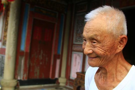 二結王公廟林添源阿公,2017年90歲。(圖/李公元提供|想想論壇提供)