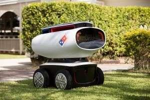 物流也是達美樂科技發展重要一環,目前已經開始嘗試無人機、機器人等方式外送。( 圖/取自Domino's)